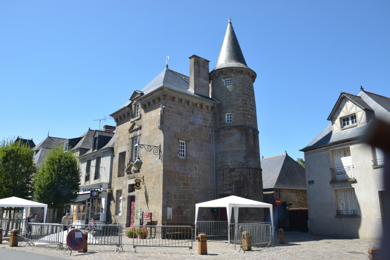 Combourg-20150821-6764